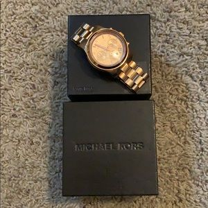 Michael Kors Runway Rose Gold Watch